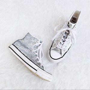 CONVERSE Chuck Taylor All Star Sequin Sneaker 5.5